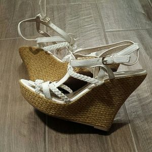Wedges by Qupid